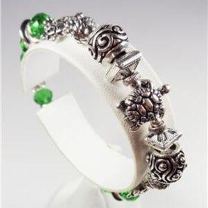 Jewelry - NAUTICAL SEA TURTLE GREEN GLASS BEADS BRACELET
